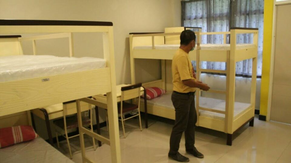 Dipindah Bertahap, Ratusan Pasien Isoman di Jombang Masih Bertahan