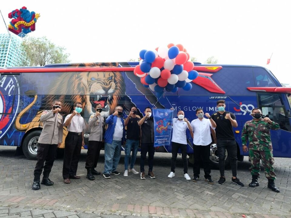 Arema FC Dapat Bus dan Mess Mewah