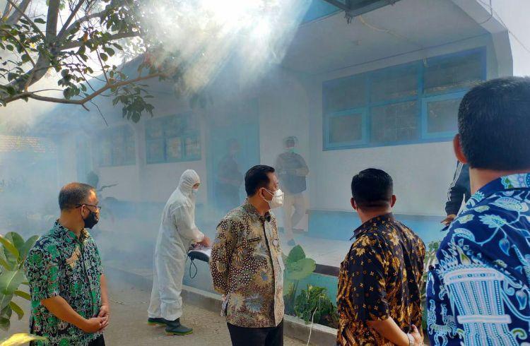 Tinjau Lokasi Sekolah, Kadisdikbud Jombang : PTM Siap Digelar