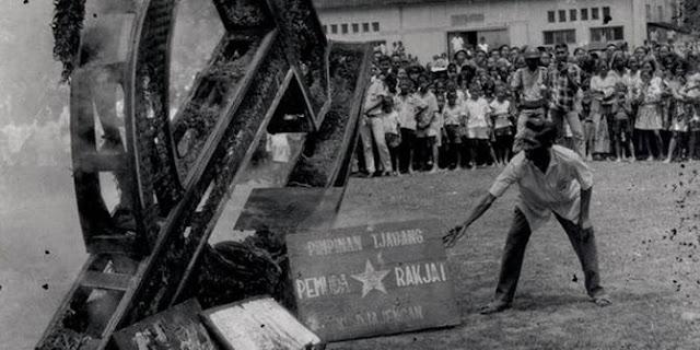 PKI pada zamannya.