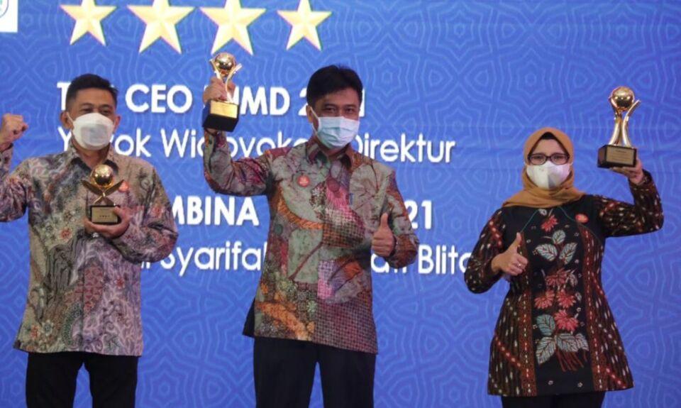 Kabupaten Blitar Sabet 3 Penghargaan Top BUMD 2021