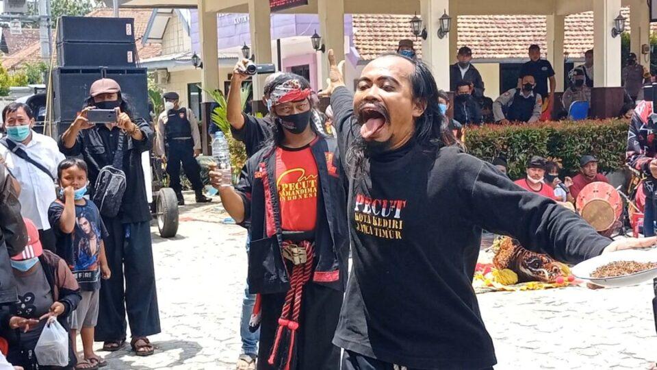 Dibubarkan Saat Giat Pentas, Aliansi Seniman Kota Kediri Tuntut Demo