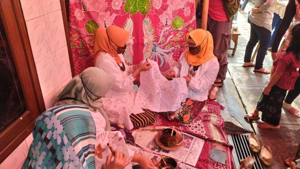 Peringati Hari Batik Nasional, KTH Siap Dibuka Kembali