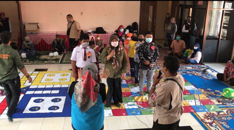 Ringankan Beban Psikologis, Anak Yatim Korban Covid-19 di Blitar Mendapat Trauma Healing