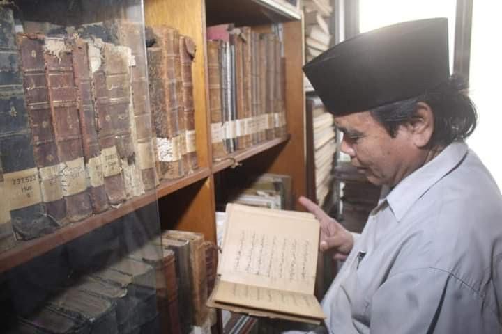 Kitab KH Hasyim Asy'ari Berusia Satu Abad Lebih Masih Terjaga Baik